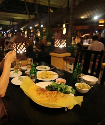 Cena en Quan An Ngon