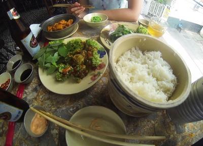 comida en Quan Bui