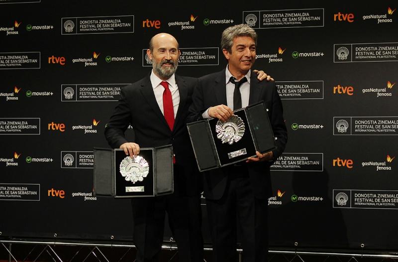 Javier Cámara y Ricardo Darín con la Concha de Plata ex aequo al mejor Actor